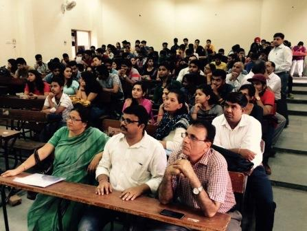 College of Vocational Studies Delhi Gallery Photo 1